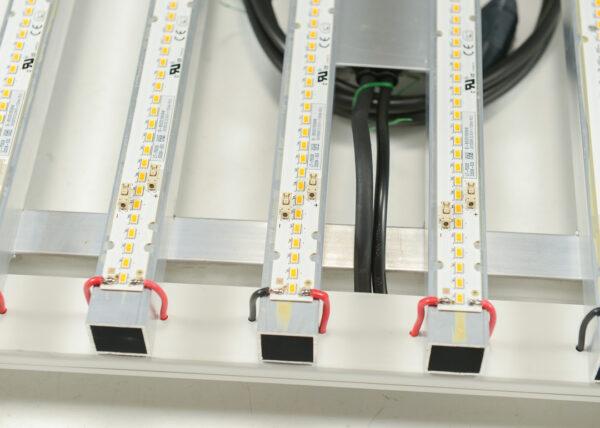 Photronic (260W) Full Spectrum Samsung LED Bar Grow Light - Tent Fixture